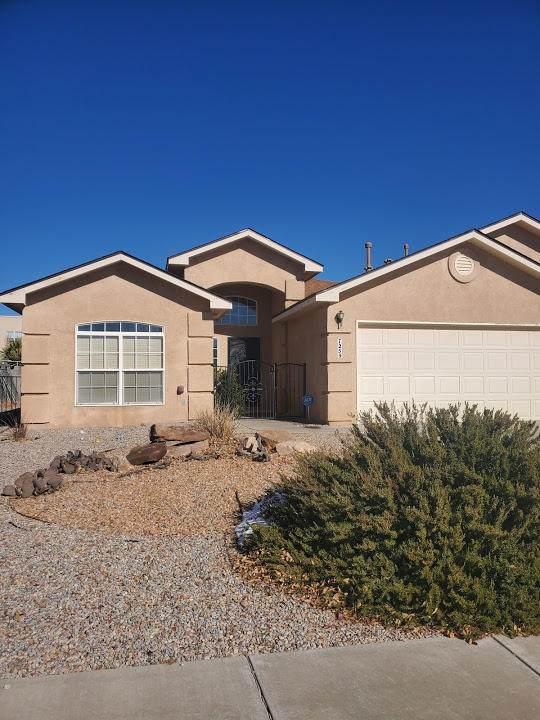 7259 Milan Hills Road NE, Rio Rancho, NM 87144 (MLS #982070) :: Berkshire Hathaway HomeServices Santa Fe Real Estate