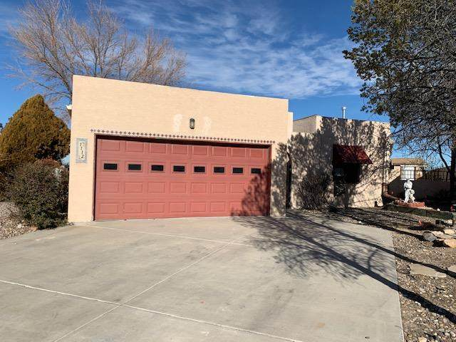 1112 Calle Del Valle, Rio Communities, NM 87002 (MLS #984194) :: The Bigelow Team / Red Fox Realty