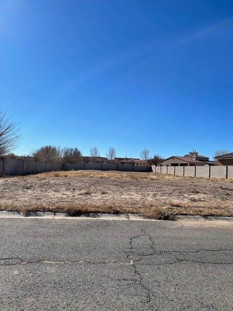 Flagstone St Lot 7, Socorro, NM 87801 (MLS #985180) :: The Buchman Group