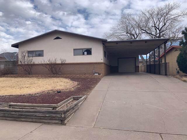 1408 Gretta Street NE, Albuquerque, NM 87112 (MLS #986448) :: Berkshire Hathaway HomeServices Santa Fe Real Estate