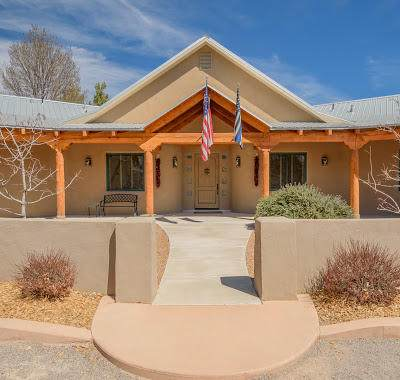 513 Roehl Road NW, Los Ranchos, NM 87107 (MLS #987964) :: Campbell & Campbell Real Estate Services