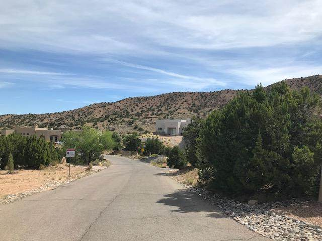 19 La Entrada Lot 9, Placitas, NM 87043 (MLS #988591) :: The Buchman Group