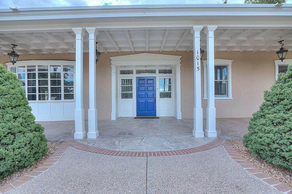 1015 Cottonwood Place - Photo 1