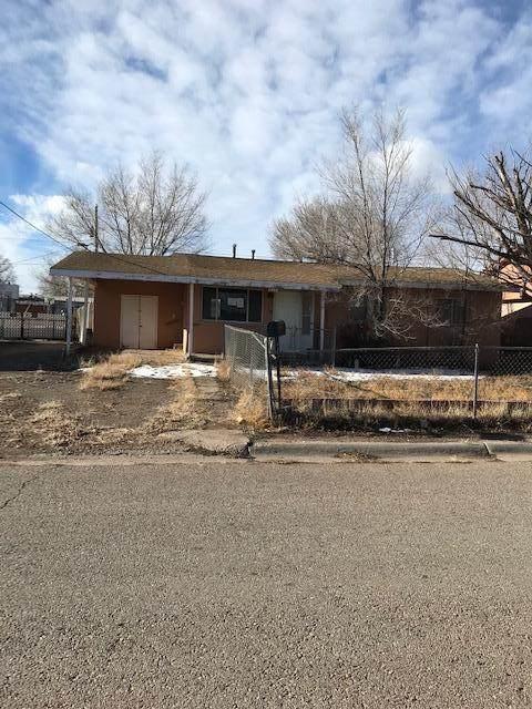 613 E Sargent Street, Grants, NM 87020 (MLS #994041) :: Sandi Pressley Team