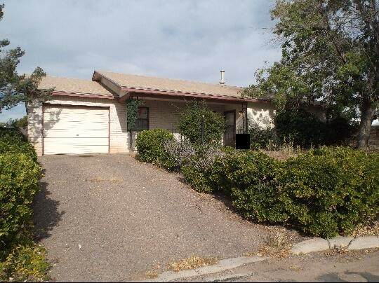 1595 Fornax Road SE, Rio Rancho, NM 87124 (MLS #994680) :: Campbell & Campbell Real Estate Services