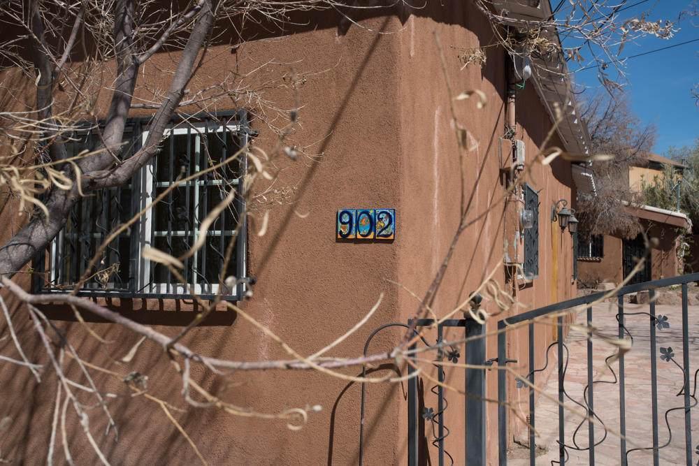 902 Edith Boulevard - Photo 1