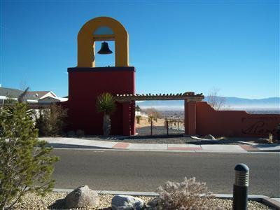 1511 Corta Corona SW, Los Lunas, NM 87031 (MLS #871577) :: The Buchman Group
