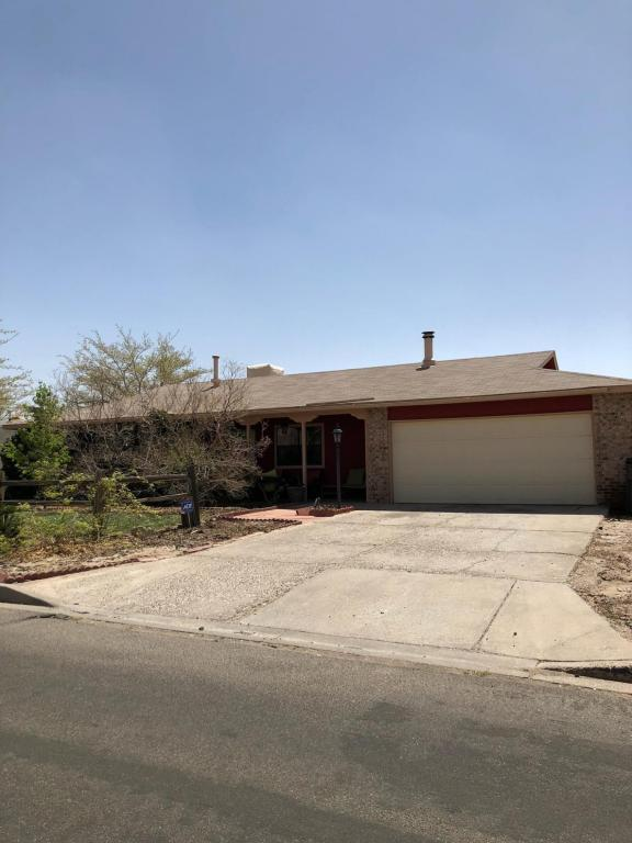 2201 Zaragoza Road SE, Rio Rancho, NM 87124 (MLS #915886) :: Will Beecher at Keller Williams Realty