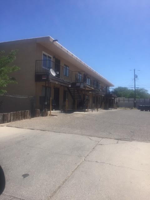 302 Texas Street NE, Albuquerque, NM 87108 (MLS #919140) :: Campbell & Campbell Real Estate Services