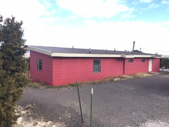 24 Camino De Silvestre, Grants, NM 87020 (MLS #929946) :: The Stratmoen & Mesch Team