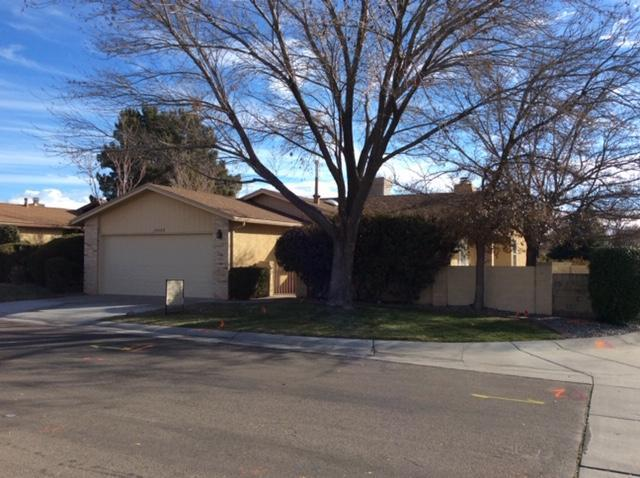 10600 Clyburn Park Drive NE, Albuquerque, NM 87123 (MLS #933516) :: Campbell & Campbell Real Estate Services