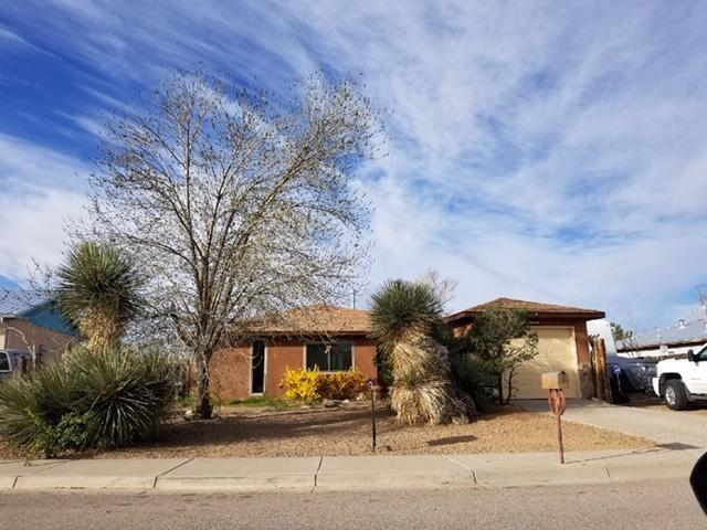 1789 Lancelot Loop SW, Los Lunas, NM 87031 (MLS #938002) :: Silesha & Company