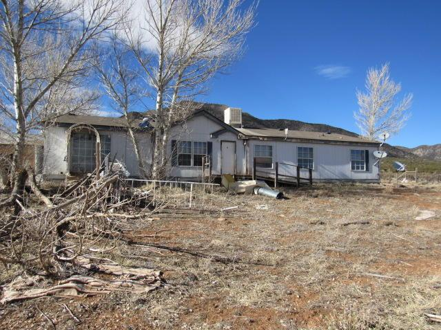 24 Disk Drive, Edgewood, NM 87015 (MLS #938340) :: The Bigelow Team / Realty One of New Mexico