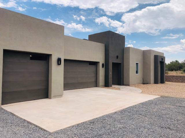 103 Diamond Tail Road, Placitas, NM 87043 (MLS #941062) :: Campbell & Campbell Real Estate Services