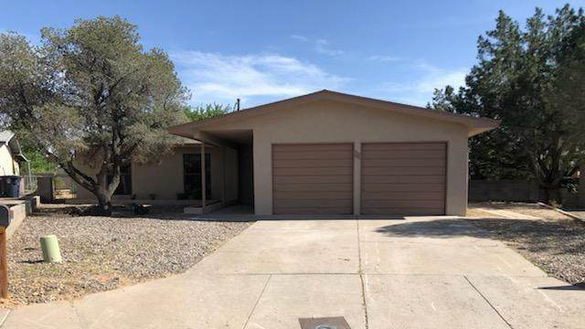 6320 Harper Drive NE, Albuquerque, NM 87109 (MLS #967501) :: Campbell & Campbell Real Estate Services