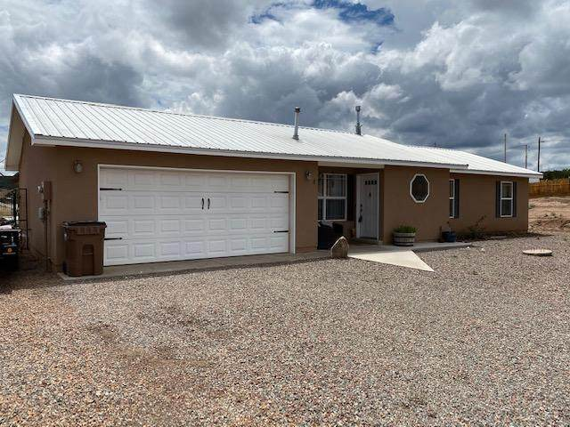8 Rockrose Court, Edgewood, NM 87015 (MLS #973284) :: The Buchman Group