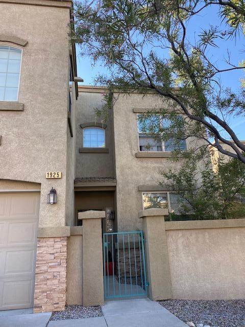 1925 Cortina Loop SE, Rio Rancho, NM 87124 (MLS #974747) :: Campbell & Campbell Real Estate Services