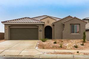 2748 Kings Canyon Loop NE, Rio Rancho, NM 87144 (MLS #980064) :: Campbell & Campbell Real Estate Services