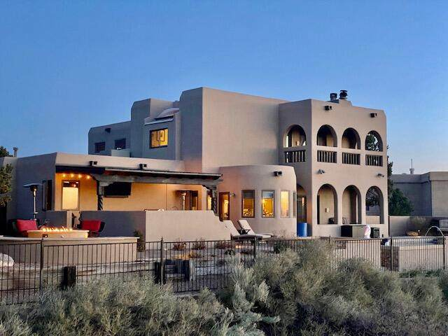 1508 Eagle Ridge Road NE, Albuquerque, NM 87122 (MLS #988459) :: Keller Williams Realty