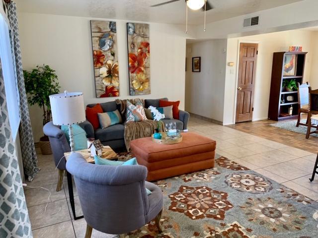 8804 Lagrima De Oro Road NE, Albuquerque, NM 87111 (MLS #934513) :: Campbell & Campbell Real Estate Services