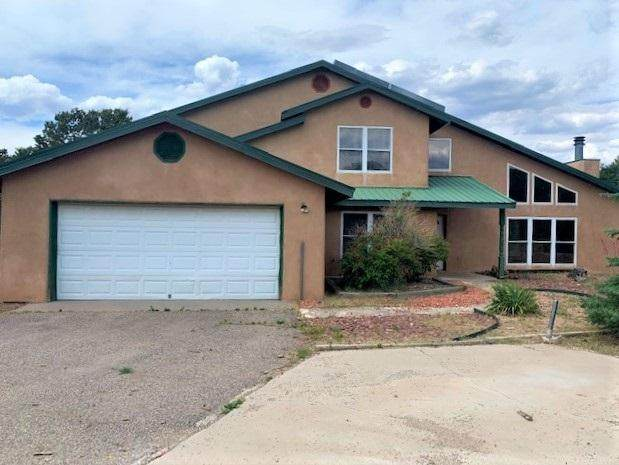 5 Venado Road, Tijeras, NM 87059 (MLS #969877) :: The Bigelow Team / Red Fox Realty