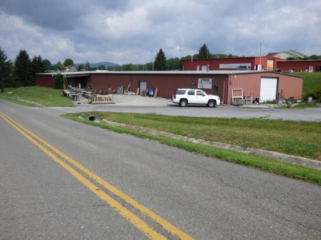 2190 W Ridge Rd, Wytheville, VA 24382 (MLS #66076) :: Highlands Realty, Inc.