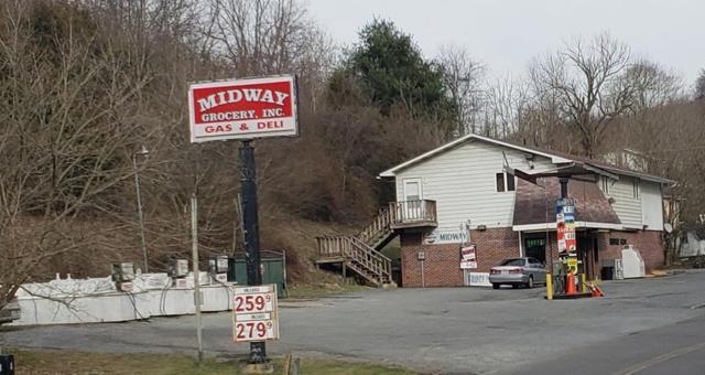 2533 Wardell Road, Pounding Mill, VA 24637 (MLS #68486) :: Highlands Realty, Inc.