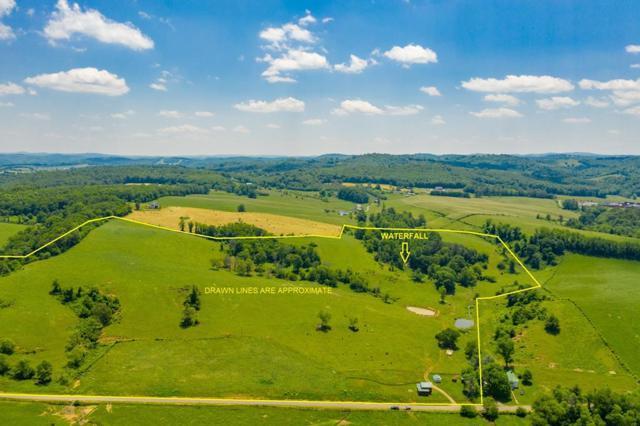 1368 Island Creek Dr, Hillsville, VA 24343 (MLS #69857) :: Highlands Realty, Inc.