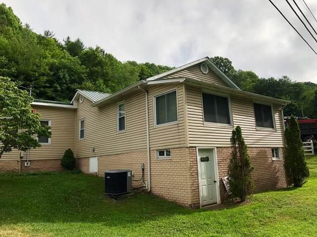 8728 Swords Creek Rd., Swords Creek, VA 24639 (MLS #78198) :: Highlands Realty, Inc.