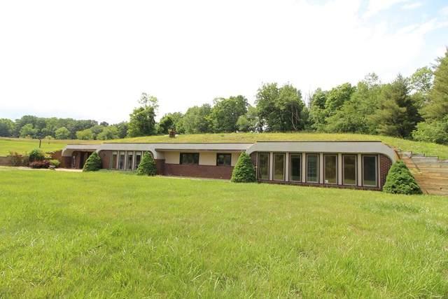 221 Bobbitt St., Hillsville, VA 24343 (MLS #78794) :: Highlands Realty, Inc.