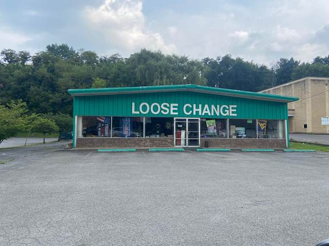 1676 Fincastle Tnpk, Tazewell, VA 24651 (MLS #79340) :: Highlands Realty, Inc.
