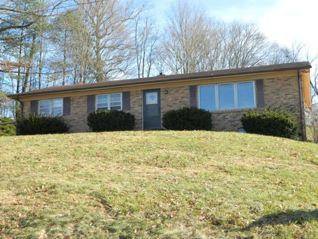 1306 West Chilhowie Street, Marion, VA 24354 (MLS #67536) :: Highlands Realty, Inc.