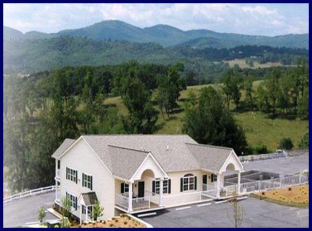 33 Grand Circle #404, Sparta, NC 28675 (MLS #49171) :: Highlands Realty, Inc.