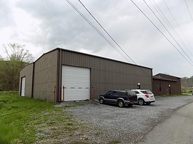 453 Walnut Street, North Tazewell, VA 24630 (MLS #59870) :: Highlands Realty, Inc.