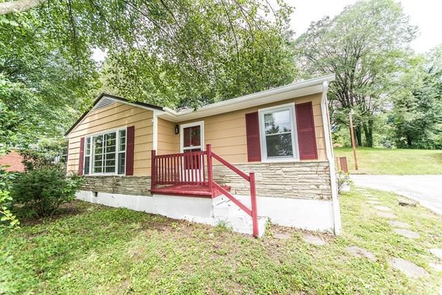 2621 Veda Dr, Bristol, VA 24201 (MLS #60792) :: Highlands Realty, Inc.