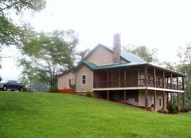 358 358 Spring Branch Road, Marion, VA 24354 (MLS #61295) :: Highlands Realty, Inc.