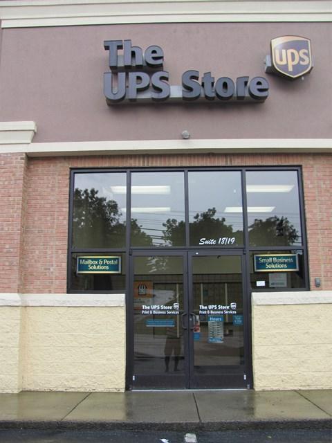 3101 Lee Highway, Bristol, VA 24202 (MLS #61532) :: Highlands Realty, Inc.