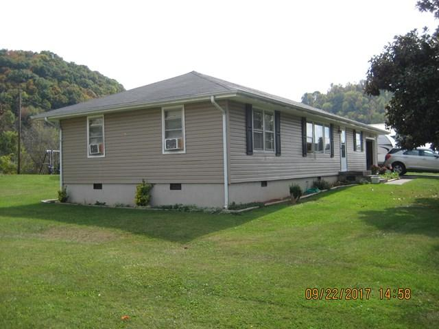 245 Ridge Rd, Lebanon, VA 24266 (MLS #62088) :: Highlands Realty, Inc.