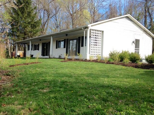 417 Main St., Marion, VA 24354 (MLS #62178) :: Highlands Realty, Inc.