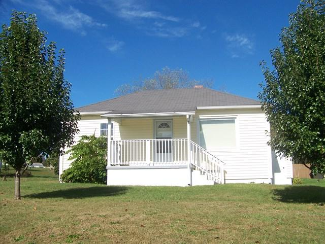 203 Fairground Street, Marion, VA 24354 (MLS #62321) :: Highlands Realty, Inc.