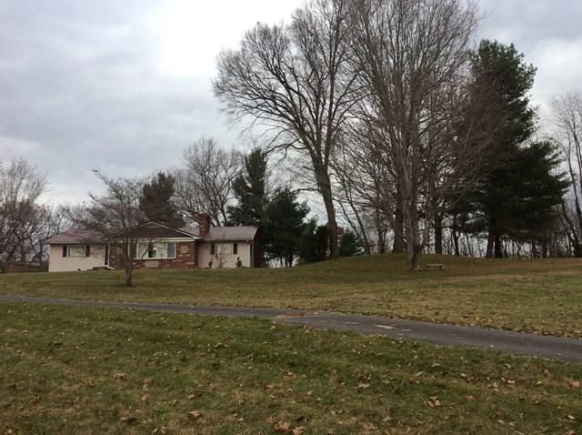 318 North Drive, Marion, VA 24354 (MLS #62713) :: Highlands Realty, Inc.