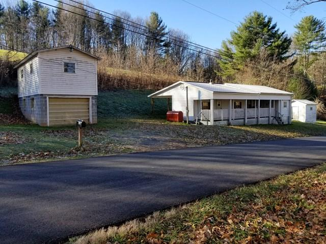 693 Belle Hollow Road, Chilhowie, VA 24319 (MLS #62774) :: Highlands Realty, Inc.