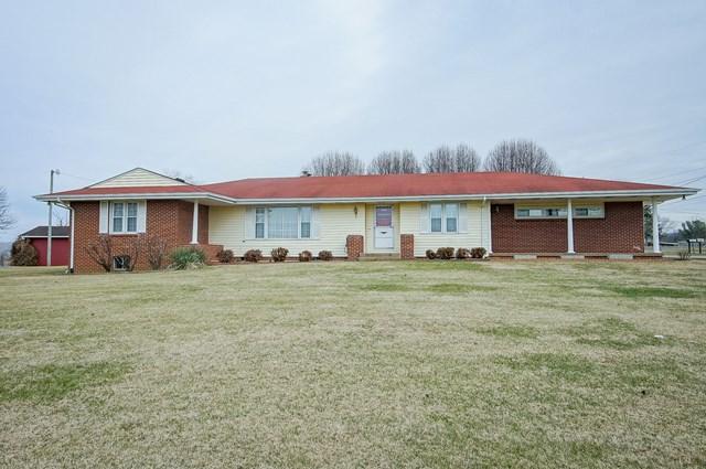 23 Westview Drive, Castlewood, VA 24224 (MLS #63054) :: Highlands Realty, Inc.