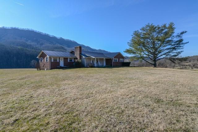 27122 Poor Valley Road, Saltville, VA 24370 (MLS #63477) :: Highlands Realty, Inc.