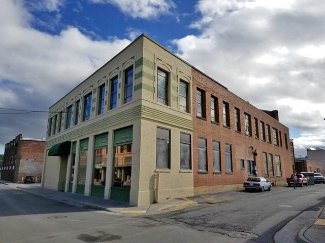 33 & 35 Moore St, Bristol, VA 24201 (MLS #63494) :: Highlands Realty, Inc.