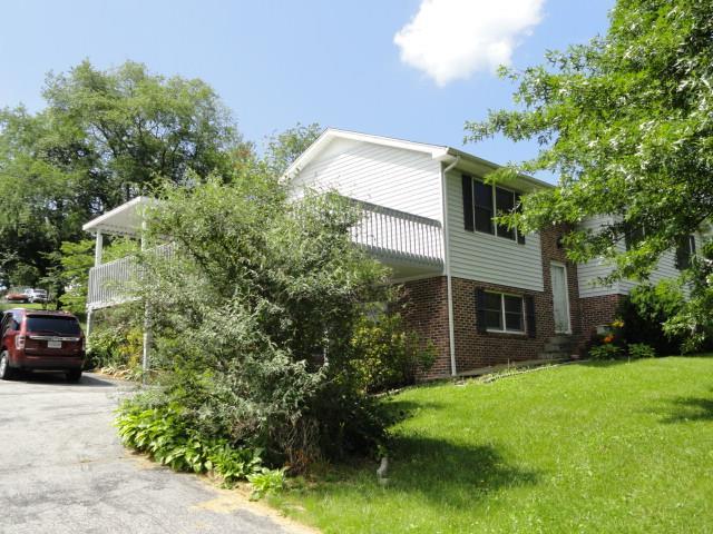 513 Virginia Avenue, Marion, VA 24354 (MLS #65242) :: Highlands Realty, Inc.
