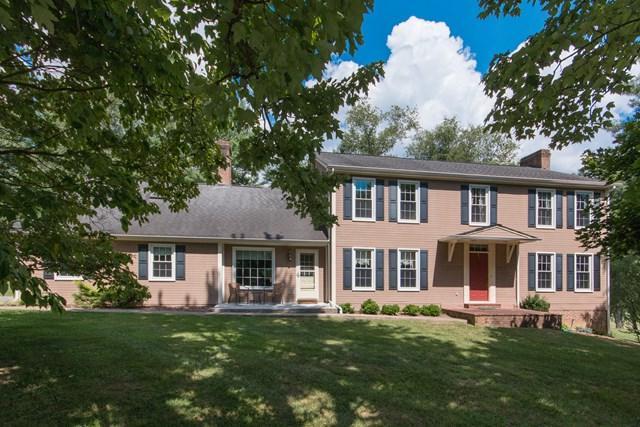 64 Fairway Drive, Abingdon, VA 24211 (MLS #66182) :: Highlands Realty, Inc.