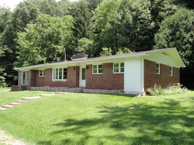 430 Currin Valley Road, Marion, VA 24354 (MLS #66261) :: Highlands Realty, Inc.