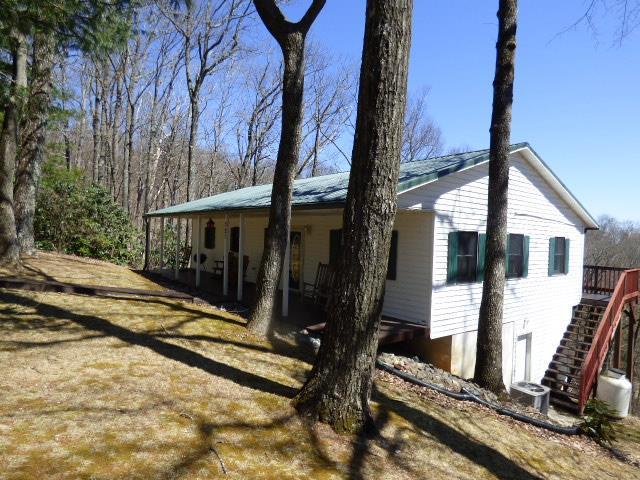 327 Bavarian Way, Fancy Gap, VA 24328 (MLS #68646) :: Highlands Realty, Inc.