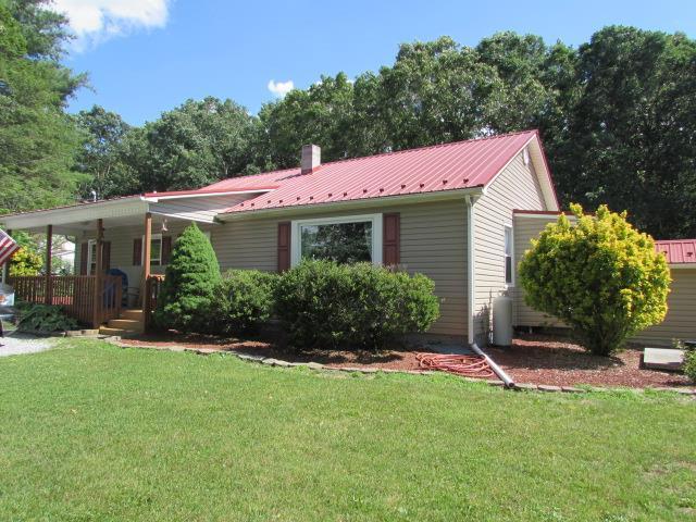 155 Copenhaver Rd, Wytheville, VA 24382 (MLS #69991) :: Highlands Realty, Inc.